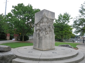 Holston Peace Treaty Monument by Kaskey and Harlow