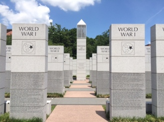 East Tennessee Veterans Memorial by Lee Ingram